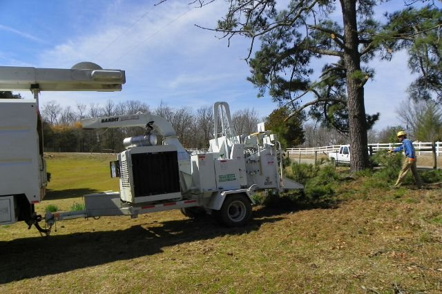 PEC Clearing crews at work #1 (640x426) (2)