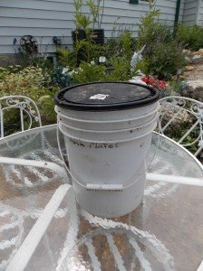 5galloncompostbucket